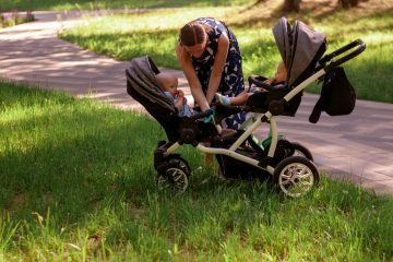 How To Pick The Best Double Umbrella Stroller For Safe Strolling With Kids